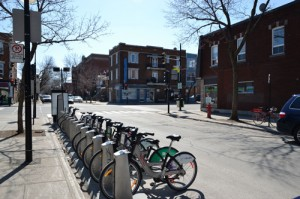 Il y a même une station de vélos en libre service à proximité. Par contre, les prix ne sont pas les mêmes qu'à Nantes...
