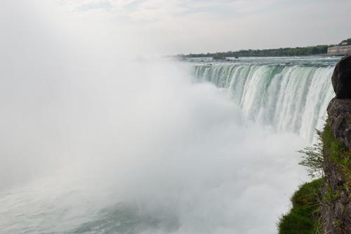 Les vapeur de la chute canadienne