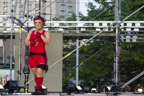 Festival Complètement Cirque 2013 © Alexandre Rocourt. Tous droits réservés.