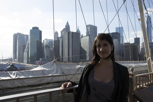 Marion sur le pont de Brooklyn