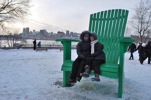 Devant Montréal en hiver