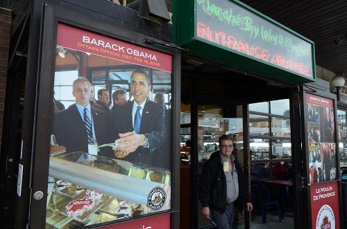 La fierté locale : un jour Barack Obama est venu acheter un pain au chocolat, une baguette, un truc quoi !