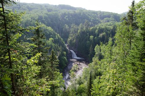 Chute de la rivière Jean-Noël, Saint-Irénée (Québec), Canada