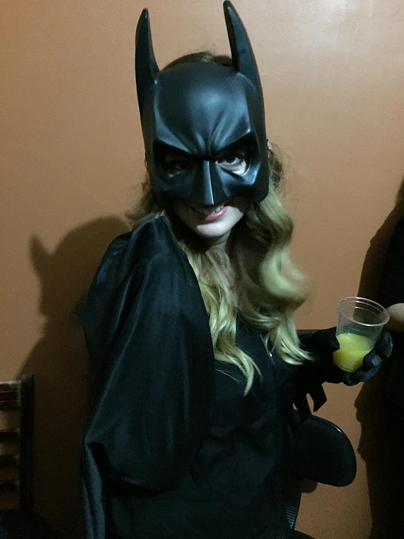 Batgirl surveille la ville !