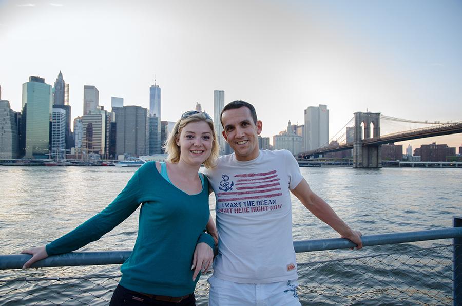 Mathilde et Alexandre devant Manhattan